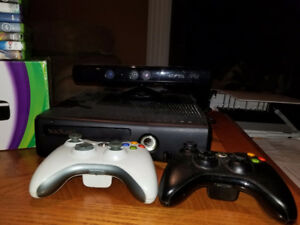 Xbox 360 + 3 controllers + Kinect + 8 games +charger for control