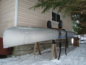 19' Grumman Freighter Canoe Square Stern with Cart