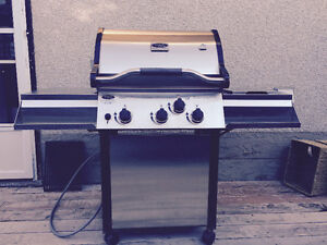 Vermont castings natural gas barbecue VCS3500
