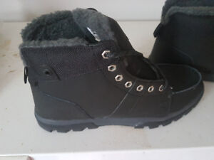 NEW DC BOOTS - MENS 10/11. $80 - paid $140. Never worn.