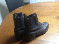 Ariat Riding Boots - Woman's Size 7