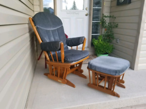 Rocking chair with gliding stool