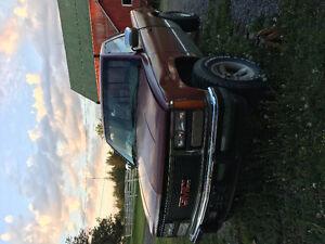 1991 GMC Sierra Pickup Truck 4x4