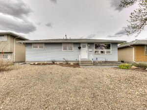 Great three bedroom bungalow in a super location!
