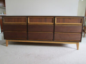 Mid Century Modern Walnut 9 drawer dresser