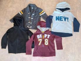Set of boys' clothing in size 2-3yyr