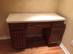 Writing Desk with antique looks and good condition