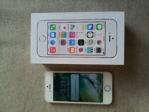 iPhone 5s in almost new condition