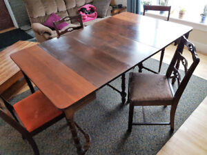 ANTIQUE DINING / CONSOLE / ENTRY TABLE w/ 4 CHAIRS