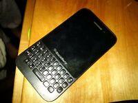 Blackberry Q5 new in September