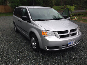 2009 Dodge Caravan With Power Chair and lift
