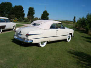 1951 Ford convertible  ..........  a beauty from Missouri