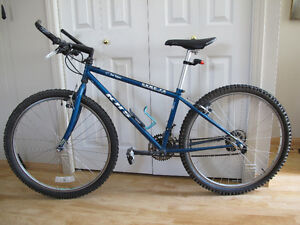 "KHS MOUNTAIN BIKE 15"" FRAME TRUE TEMPER COMP FZ"