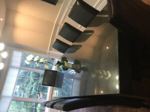 Dinning room table & 8 leather chairs