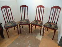 Chaises de salle a manger / Dining chairs