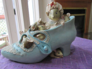 Beatrix potter The Old Lady Who Lived In A Shoe money box