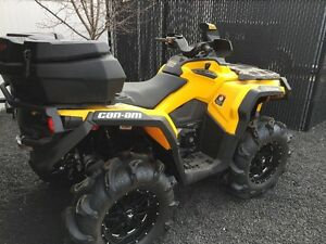 Can-am Outlander 1000 with only 64km.  New condition