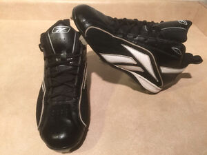 Men's Reebok Authentic Collection Baseball Cleats Size 8.5 London Ontario image 7