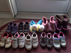 SHOES SIZE 9 Cornwall Ontario image 1