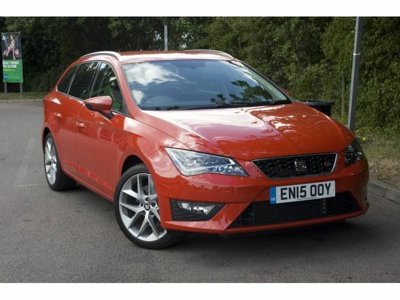 2015 seat leon 2 0 tdi st fr dynamic 5dr tech pack diesel red manual in braintree essex. Black Bedroom Furniture Sets. Home Design Ideas