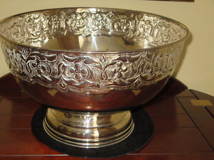 'SILVER' PUNCH BOWL/WINE COOLER