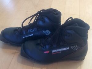 Salomon escape 5 - cross country boots, kids size US 6.5