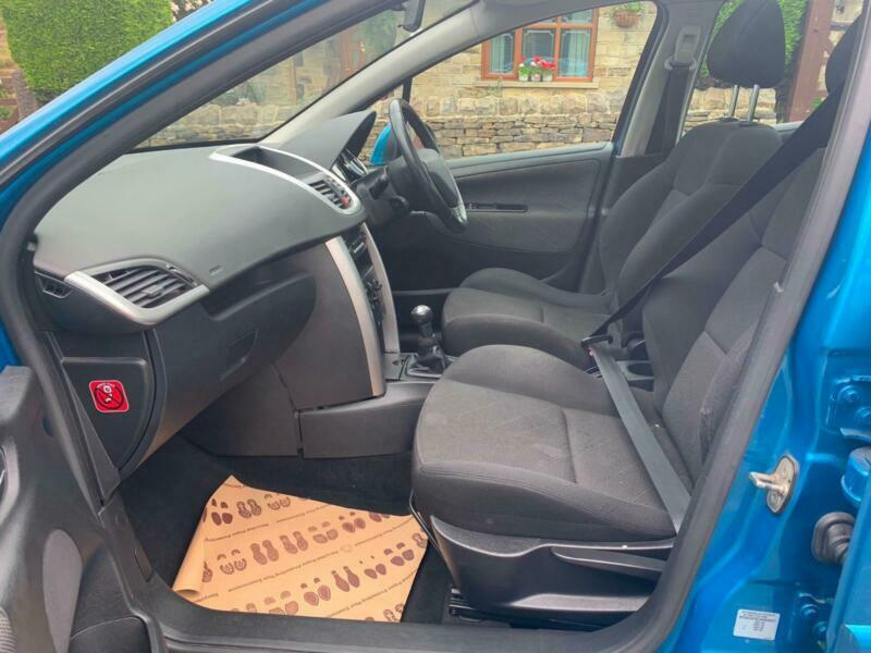 2008 PEUGEOT 207 1 4 VTI CIELO 5DR   in Tingley, West Yorkshire   Gumtree