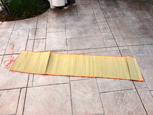 Organic Natural Grass Yoga Sitting Mat - Excellent shape. Kitchener / Waterloo Kitchener Area image 3