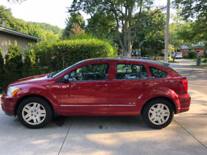 LOW KILOMETERS! Red Dodge Caliber ! HEATED SEATS!