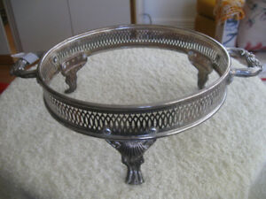 VINTAGE DOUBLE-HANDLED SILVER PLATED CASSEROLE CRADLE