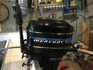 PRICED REDUCED ! mercury motor 20 hp short shaft for sale