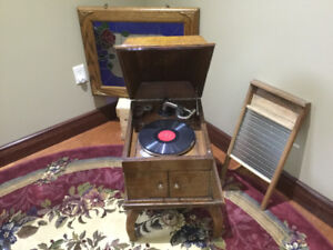 Antique Table Top Gramaphone
