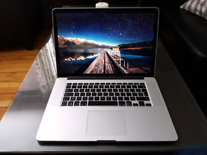 MacbookPro Retina Mid-2012 with Magic Mouse, SuperDrive and case