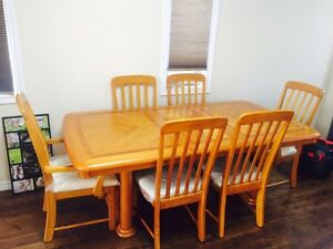 Solid dinning table with 6 chairs