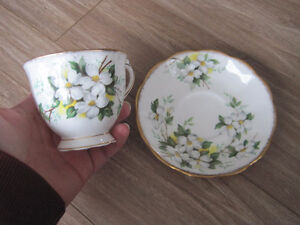 Royal Albert Tea Cup/ Saucer Sets (Page 1) Kitchener / Waterloo Kitchener Area image 4