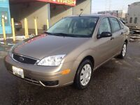 33,200 kms! CERTIFIED 2005 Focus SE ZX4 A/C, Pwr options, Hitch