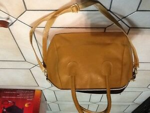 HANDBAG LOVERS LOOK! Brand new bags! Edmonton Edmonton Area image 7