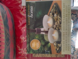 Deluxe home decor candle set -- BNIB