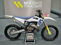 2020 HUSQVARNA TC 125 - HGS PIPE - FEW HOUR USE - BEST ABOUT!! - SX YZ CR KX -