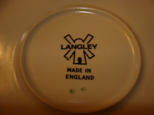 DENBY LANGLEY MAYFLOWER STONEWARE (ENGLAND) DISHES London Ontario image 3