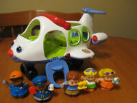FISHER PRICE LITTLE PEOPLE WHITE AIRPLANE #1