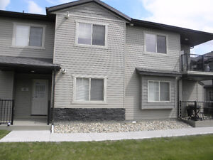 Furnished Two Bedrooms Condo in Lakeridge (Utilities Included)