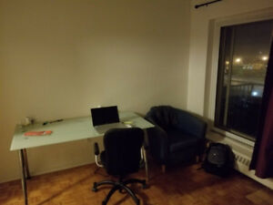 1er Novembre - sous location / November 1st sublease