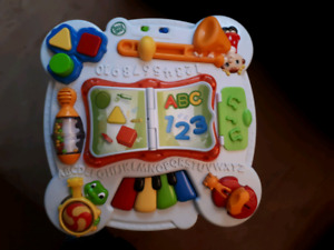 Leap Frog Learn and Groove Musical Table Activity Center