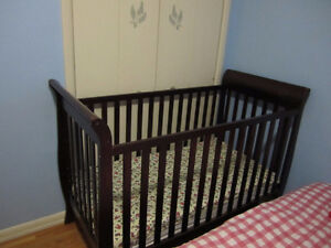 Sears 3 in 1 crib with mattress