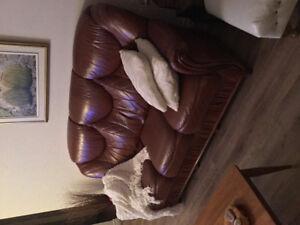 Divan et fauteuil cuir italien