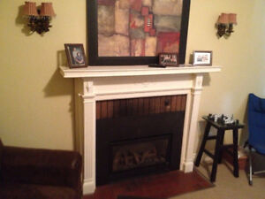 ★★ Beautiful Older Home-Downtown-Very Large-4 BDRMS ★★