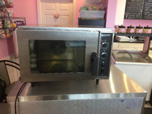 Doyon Countertop Electric Convection Oven
