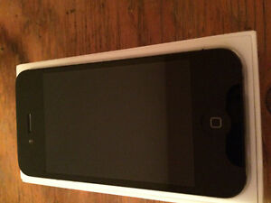 iPhone 4s in perfect condition includes box and 3 cases