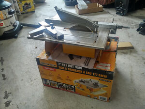 WorkForce THD550 Wet Tile Saw